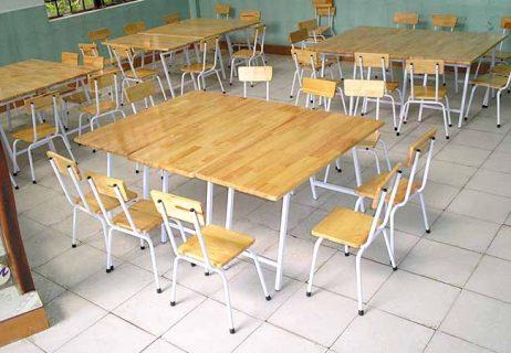 Bàn ghế gỗ ghép cao su