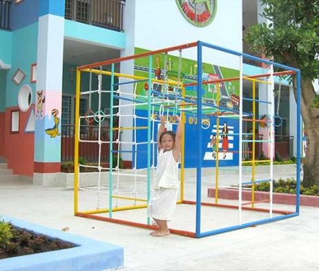 Thang leo thể dục 3 lứa tuổi