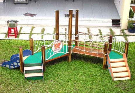 Thang leo vận động gỗ