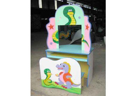 Bộ bàn ghế kidsmart vẽ hình con rắn