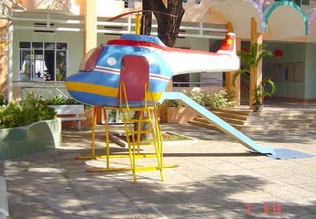 Cầu trượt máy bay trực thăng